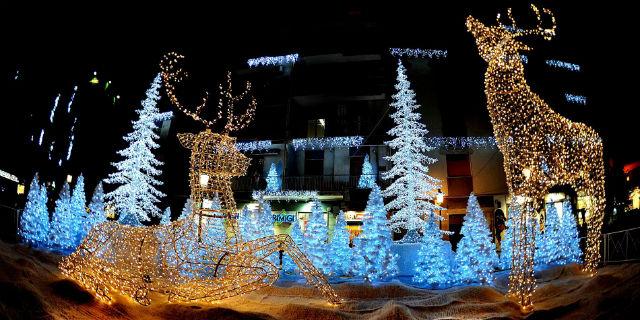 Le Piu Belle Immagini Di Natale Nel Mondo.Le Piu Belle Luminarie Natalizie Nel Mondo Roba Da Donne