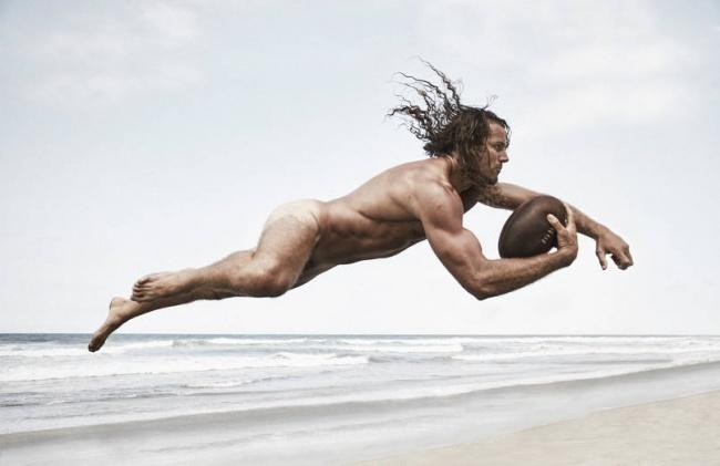 Le Forme Statuarie degli Atleti Senza Veli in 35 Immagini!