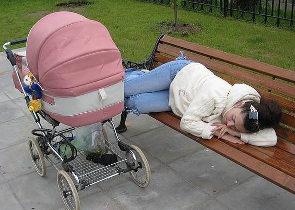 Essere Genitori è un Lavoro Stancante, Ma Questi 16 Sono Davvero Distrutti!