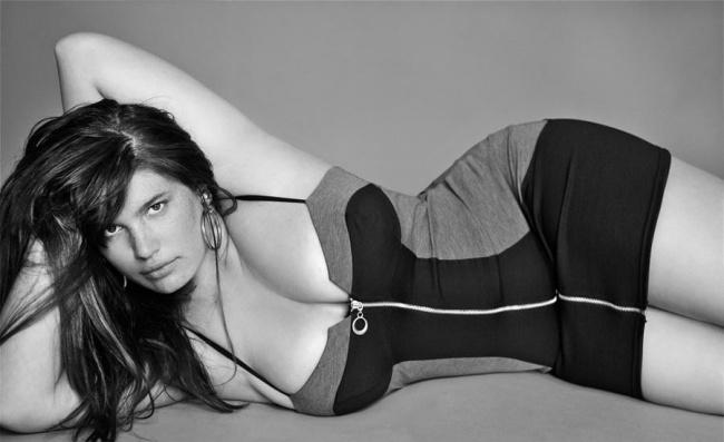 21 Modelle Mozzafiato che Incarnano la Vera Bellezza Curvy!