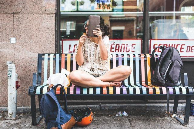La Sua Ragazza è Troppo Timida: Ecco il Progetto Adorabile di un Fotografo