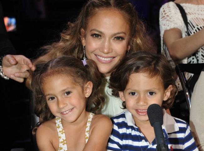 Somiglianze Vip: Quando Genitori e Figli o Fratelli e Sorelle sono Identici
