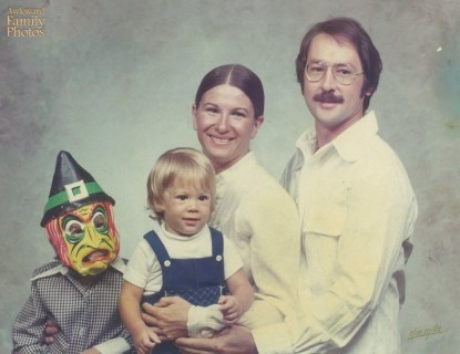 """30 Buffi Bambini che Hanno Deciso di """"Rovinare"""" le Foto di Famiglia"""