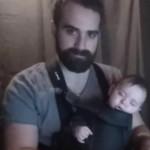 Ecco Come un Papà Musicista Fa Addormentare il suo Bimbo in Pochi Secondi