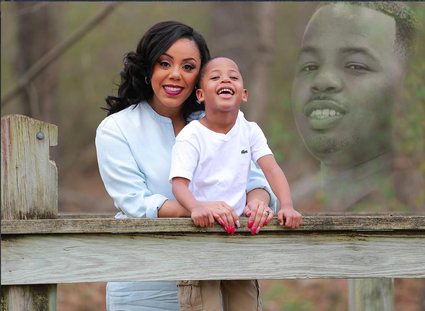 Un Angelo Custode Sempre Accanto: Ecco Come Una Mamma Mantiene Vivo il Ricordo