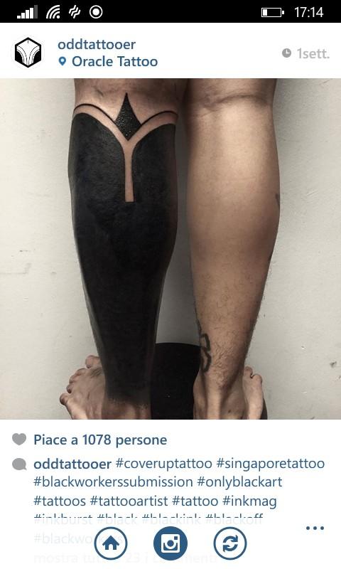 Tatuaggi Blackout: la Nuova Moda Per Gli Amanti Dei Tattoo in 23 Foto