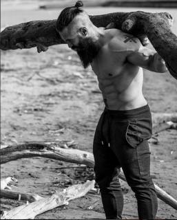 #Vikingstyle, gli Uomini che Ricordano i Vichinghi in 16 Immagini da Urlo!