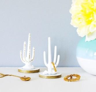 10 Idee Originali per Decorare la Vostra Casa con dei Cactus Finti!