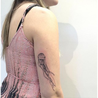 18 Meravigliosi Tatuaggi Ispirati all'Oceano Per Immergervi Nel Profondo Blu Tutto l'Anno!