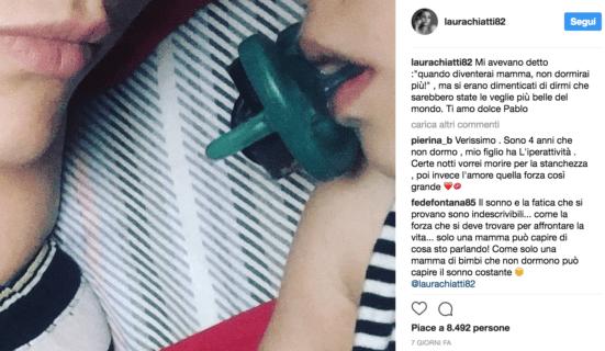 """Laura Chiatti, un """"disastro"""" di mamma: la rivincita delle mamme normali"""