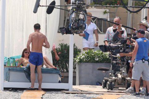 """Immagini hot in anteprima dal set di 50 sfumature di nero (e rosso). Dakota: """"Vi racconto le scene di sesso"""""""