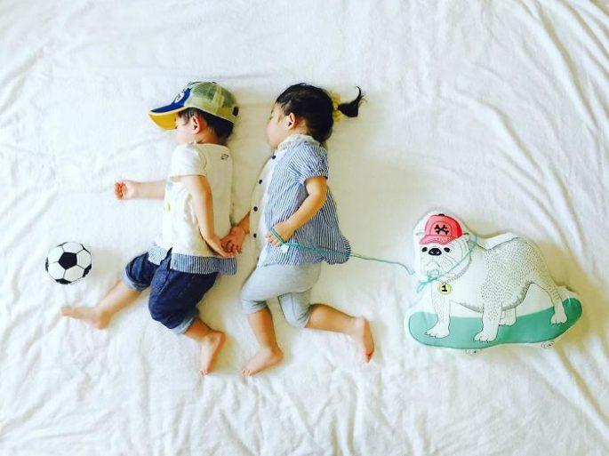 Questi bambini diventano delle star del web mentre dormono!