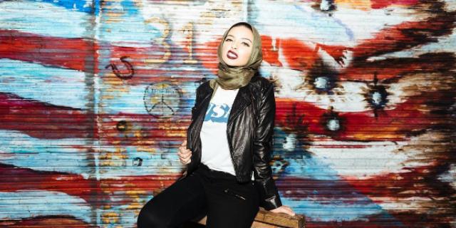 13 scatti per Noor, ecco chi è la prima donna con il velo a posare per Playboy