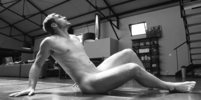 """""""Dieux du Stade"""" 2017, il calendario più sexy: i rugbisti e gli altleti francesi messi a nudo"""