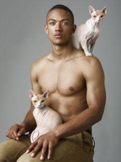 Meglio un uomo o un gatto? 8 scatti per i quali non serve scegliere