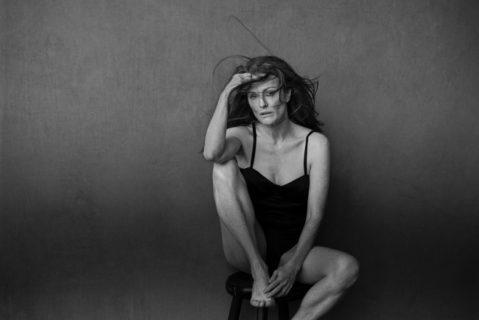 Il Calendario Pirelli 2017 mette a nudo... l'anima delle star di Hollywood senza ritocchi
