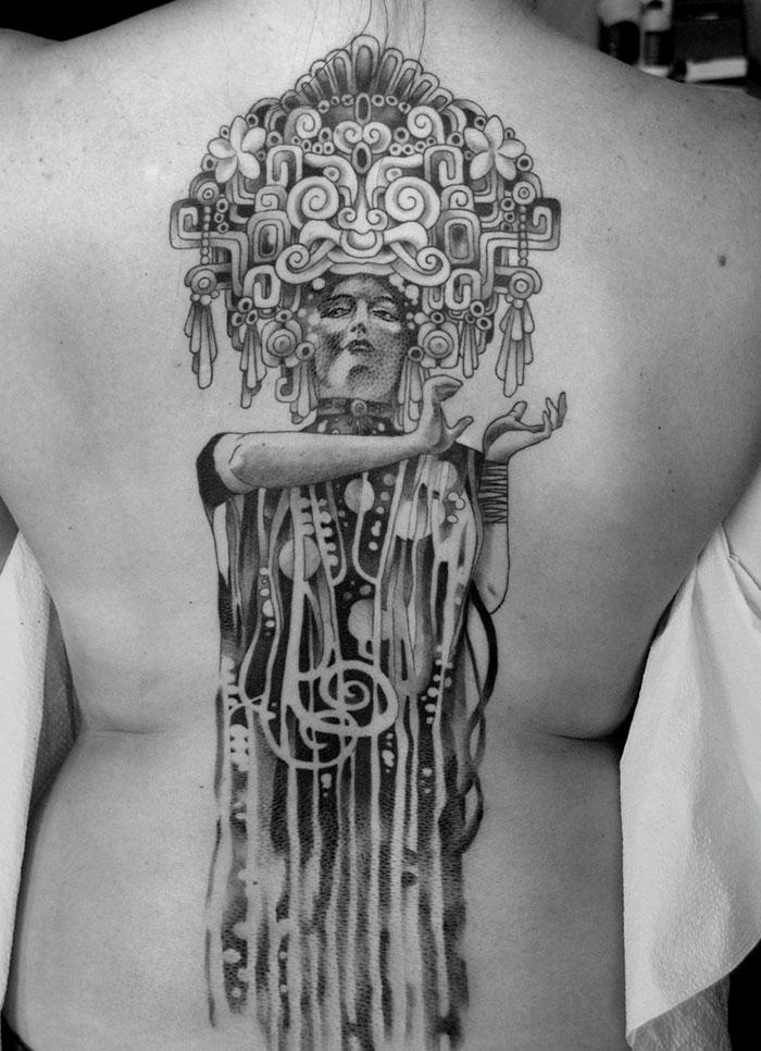 20 tatuaggi ispirati a Gustav Klimt per persone con un lato artistico spiccato