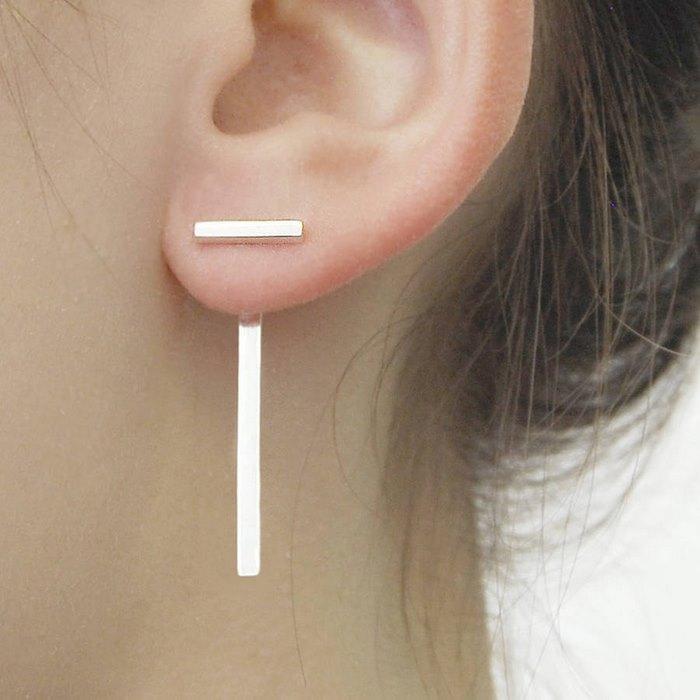 L'illusione ottica di questi orecchini geometrici vi piacerà
