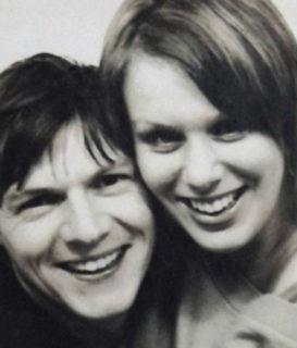 Come cambia l'amore? Una coppia si è fatta un selfie all'anno per 16 anni