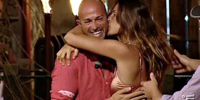 """Isola dei Famosi, Dayane Mello ci ripensa: """"Non sono innamorata di Stefano Bettarini"""""""