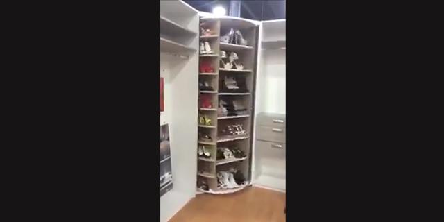 Una scarpiera girevole da sogno