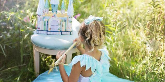 Laura, Linda, Alice e gli altri nomi per neonati vietati nel mondo