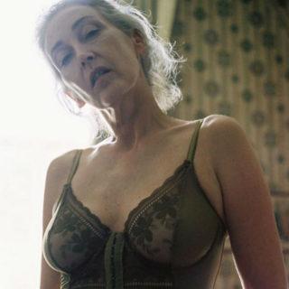 Mercy Brewer, il segreto della modella che ha quasi 60 anni fa innamorare il web