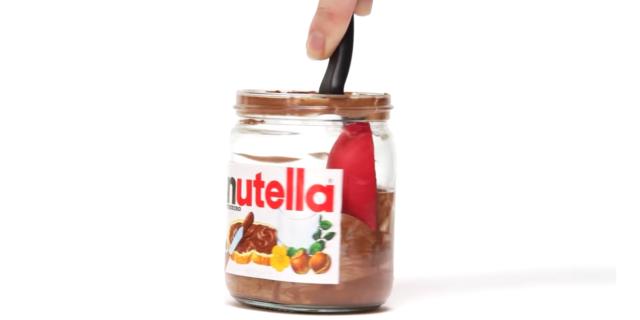 Arriva il cucchiaio capace di raccogliere fino all'ultima goccia di Nutella
