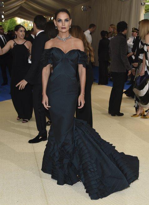 Met Gala, dall'abito con 85mila cristalli al nuovo amore di Selena Gomez