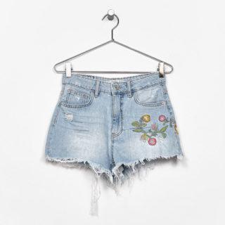 Tutte pazze per i soft shorts e gli hot pants