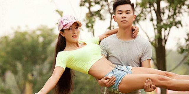 """""""Sono la mamma, non la fidanzata"""": il segreto di Liu e dei suoi 50 anni che sembrano 20"""