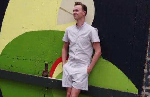 Trend assurdi: pronte a vedere gli uomini in... pagliaccetto?