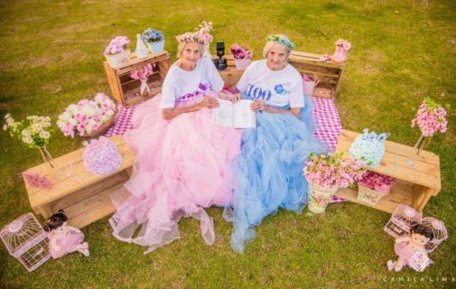 100 anni insieme: 2 gemelline da record
