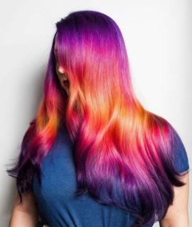 """Shine Line Hair, il nuovo trend """"a righe"""" per i capelli colorati"""