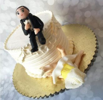 Altro che wedding cake... è divorce cake mania