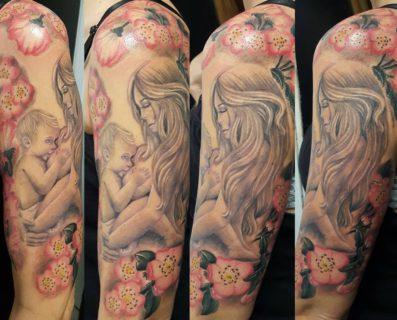 10 tatuaggi per celebrare la bellezza dell'allattamento al seno