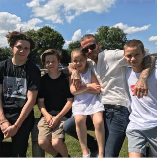 """""""Al migliore dei papà"""": da Beckham a Michelle Obama le parole più belle per il Father's Day"""