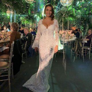 Le nozze di Elettra Lamborghini, dai tre abiti alla sorella mancante