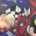 La proposta di matrimonio di questo tattoo artist è... davvero indelebile!