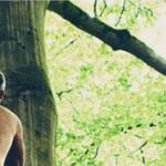 Robbie Williams completamente nudo per la copertina del nuovo album