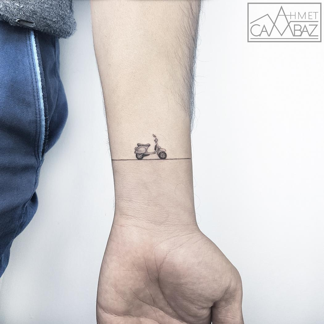 Micro tatuaggi: 16 piccolissimi capolavori di inchiostro sulla pelle