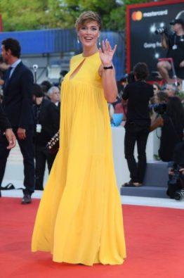 Festival di Venezia 2017: l'abito di Emma Marrone e gli outfit più belli