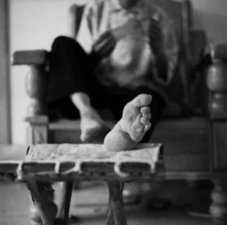 """Le ultime donne cinesi con il """"Loto d'oro"""", i piedi fasciati"""