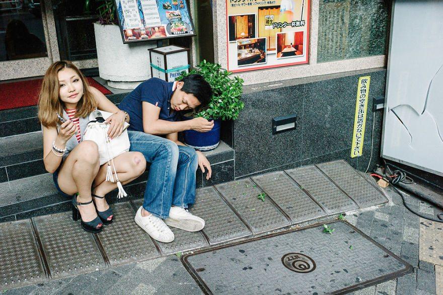 24 immagini sconvolgenti di persone pericolosamente ubriache