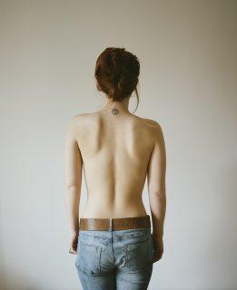 """""""Voglio sparire"""": il dramma dei disturbi alimentari in 11 foto"""