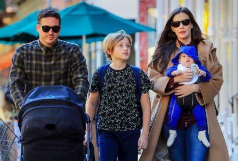 """Mamme """"in serie"""": 20 vip che hanno avuto un figlio dietro l'altro"""