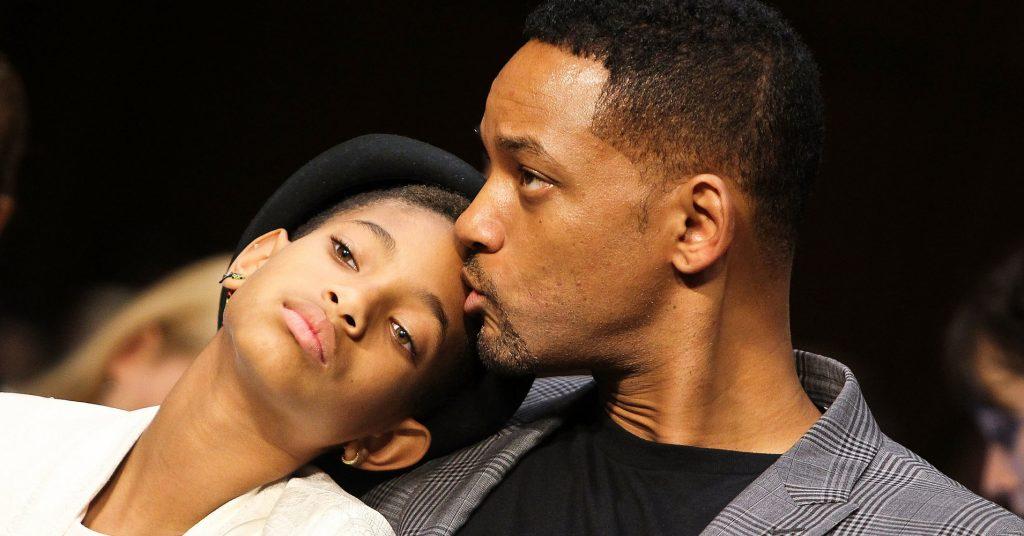 Quei tagli per cancellare il dolore di Willow, la figlia bisex e poliamorosa di Will Smith