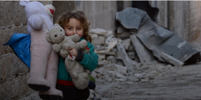Bambini in guerra: alcuni tentano il suicidio, 1 su 4 ha problemi di salute mentale