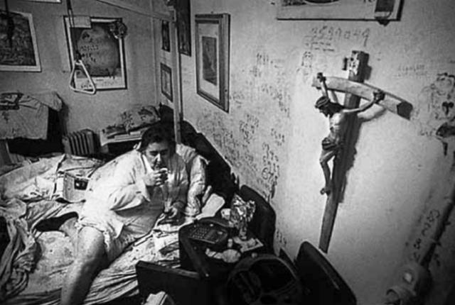 """Cosa scriveva Alda Merini sul """"muro degli angeli"""" della propria camera"""