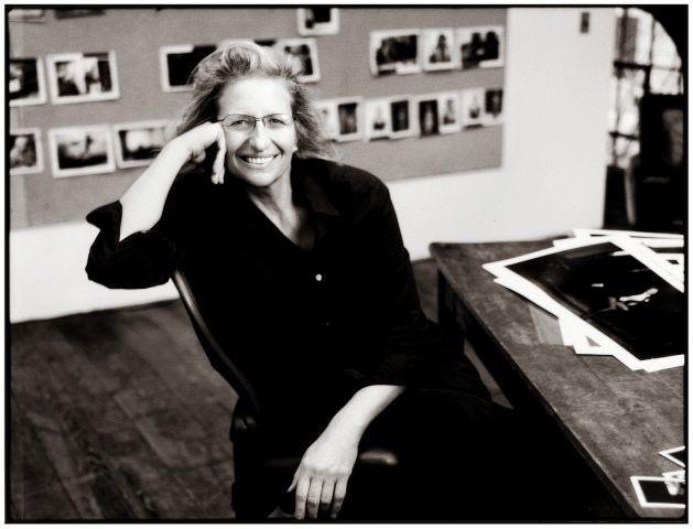 """""""Voglio andare a letto con molte persone, voglio vivere"""": i diari di Susan Sontag"""
